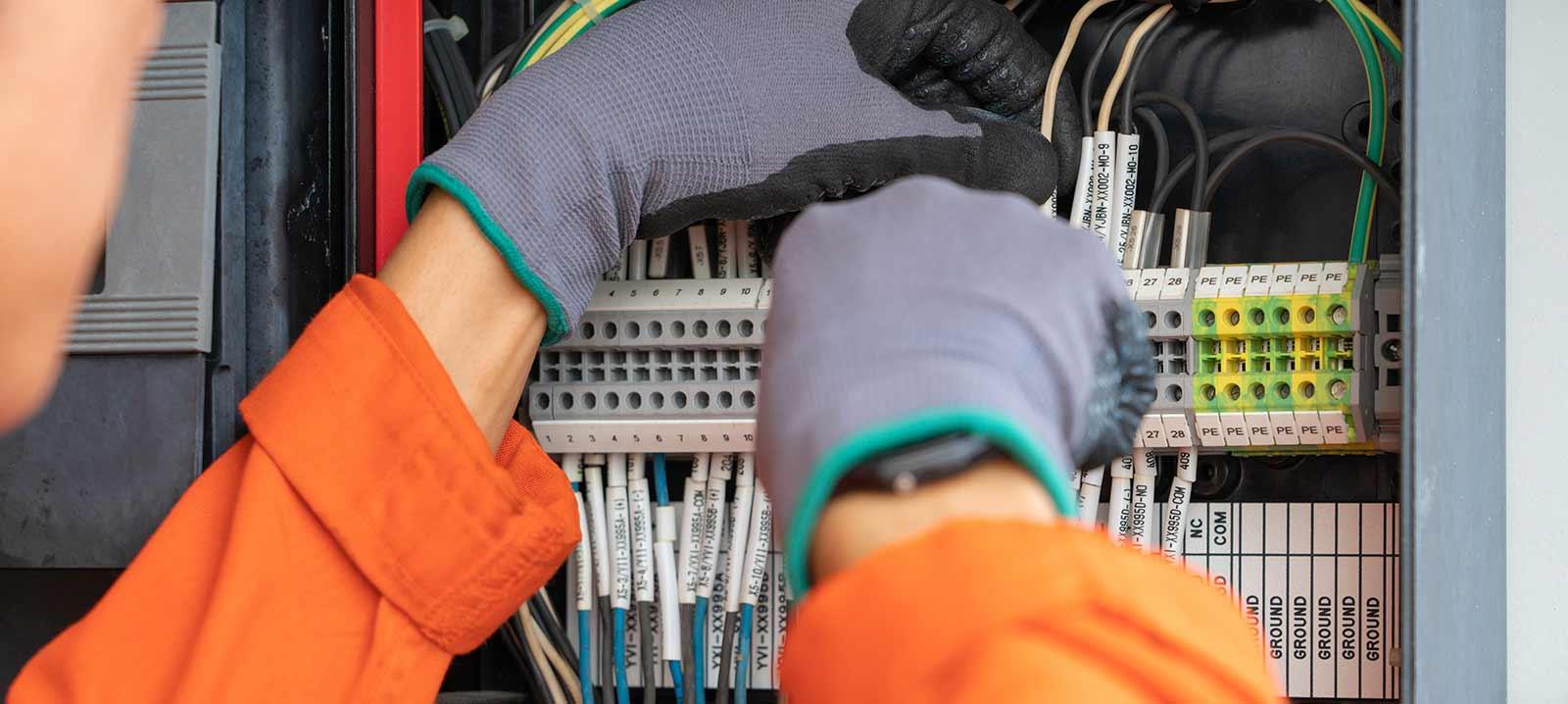 Consultant en électricité dans le domaine de l'ingénierie du bâtiment situé à Bagnolet près de Paris