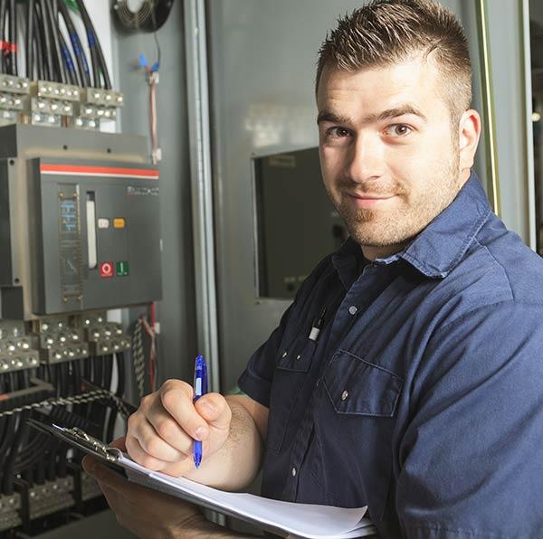Près de Paris 20e, maîtrise d'œuvre et étude d'exécution par des experts en génie électrique